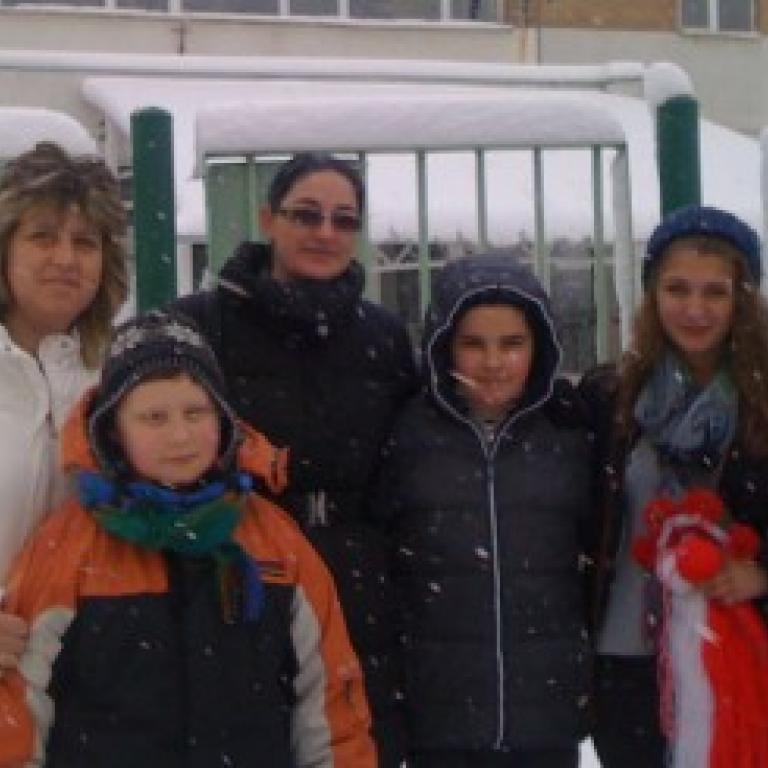 """снимка за новина - Подаръци за децата от дом """"Надежда"""", с. Гурково"""