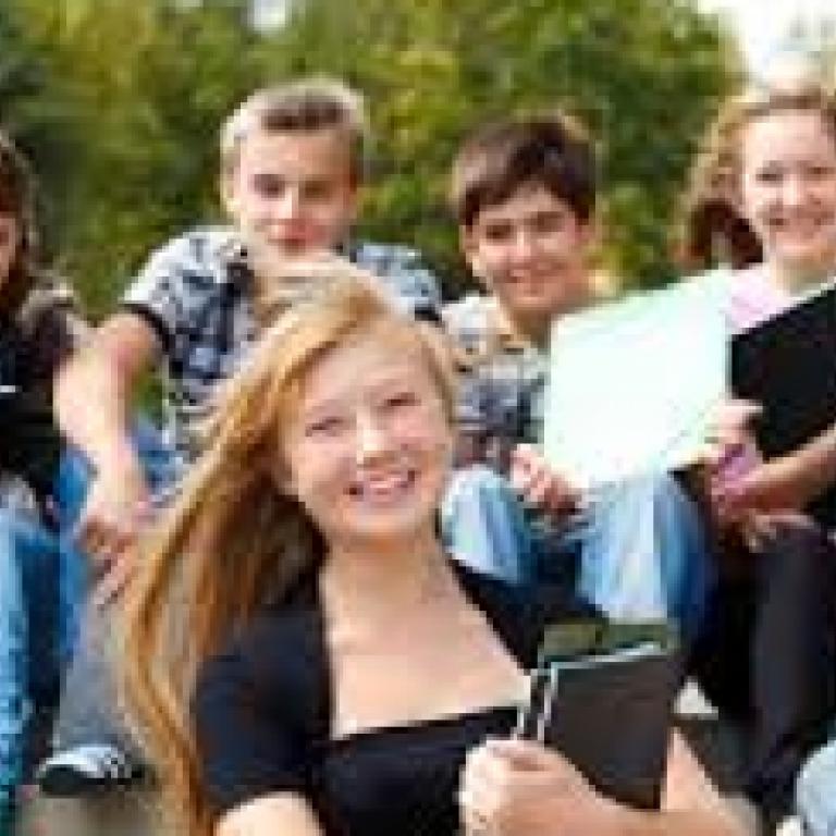 снимка за новина - За кандидат-гимназисти 2015/2016г.