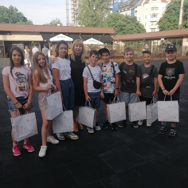 """снимка за новина - Призът """"Дете на годината"""" във 2. СУ"""