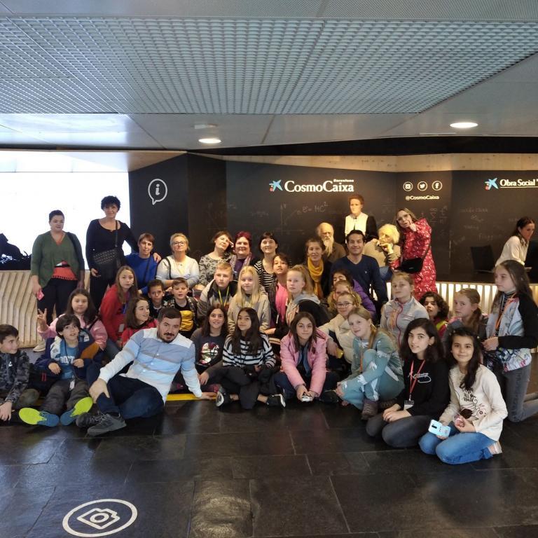 снимка от проект Участие на ученици и учители от 2. СУ по проект ,,Challenge- Engage, Investigate, Act,,  програма Еразъм+ в гр. Кардедеу, Испания