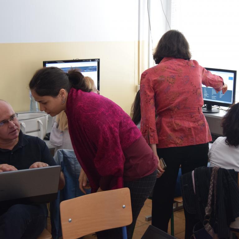 """снимка от проект 2017  """"Преобръщане модела на преподаване в българското училище по примера на европейски добри практики.."""""""