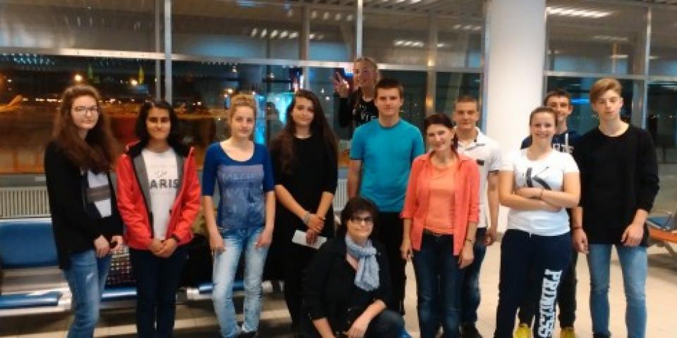 "снимка за новина - Работна среща по проект ""Еразъм +"" Ключова дейност 2: ""Euro4Science"""