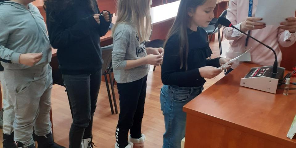 снимка за новина - 17. Февруари - Международния ден на спонтанните актове на доброта