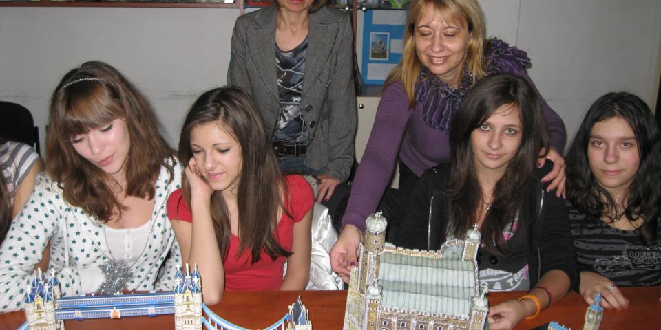 """снимка от проект 2009/2011 Коменски Регионални партньорства: """"Европейските столици през погледа на детското творчество"""""""